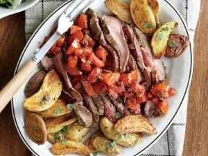 1412p63-steak-tomatoes-herb-roasted-potatoes-ck.jpg