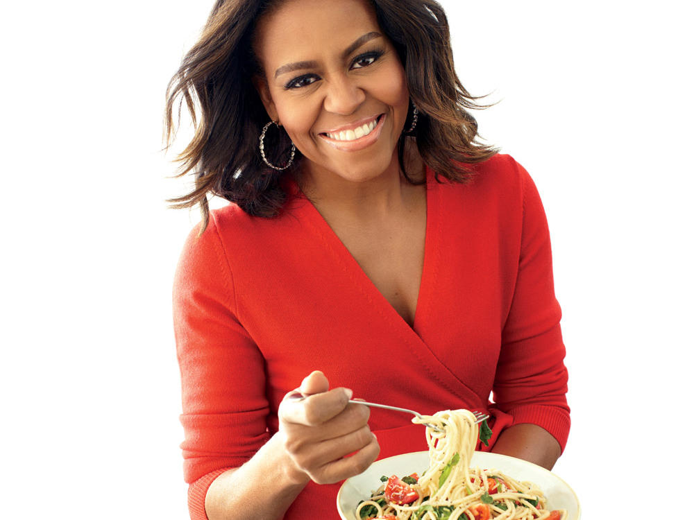 1503p112-michelle-obama-one-pot-pasta.jpg