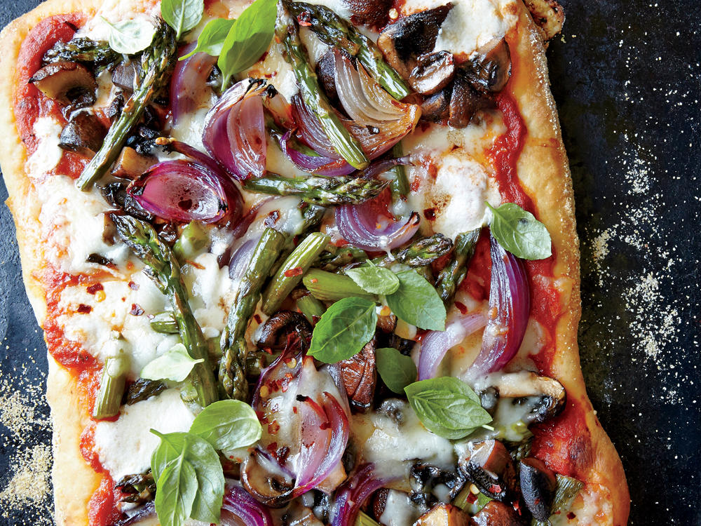 1509p58-roasted-asparagus-mushroom-onion-pizza.jpg