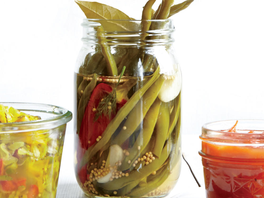 http://img1.cookinglight.timeinc.net/sites/default/files/styles/4_3_horizontal_-_1200x900/public/image/1509p95-sweet-sour-pickled-green-beans.jpg?itok=oGLk6GpH Pickled