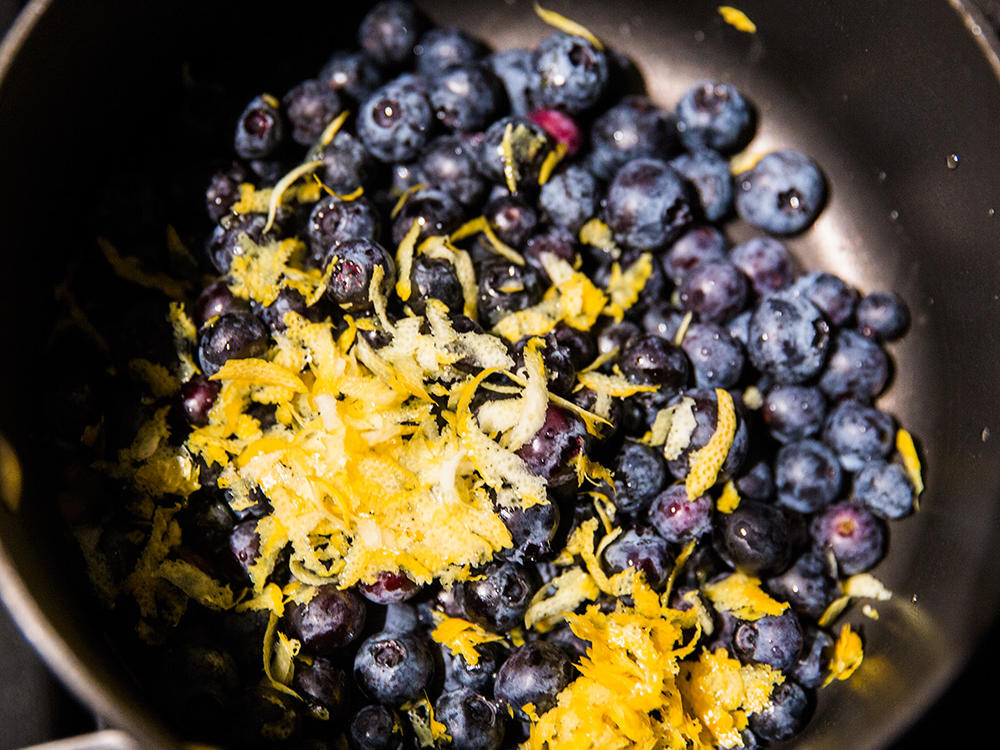 1601w-blueberry-lemon-thyme-chia-jam-step-1.jpg