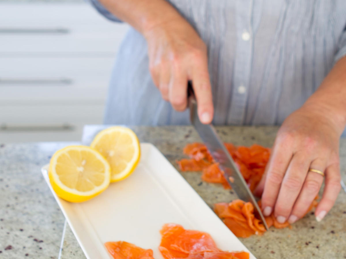 1604w-getty-knife-salmon-slicing.jpg