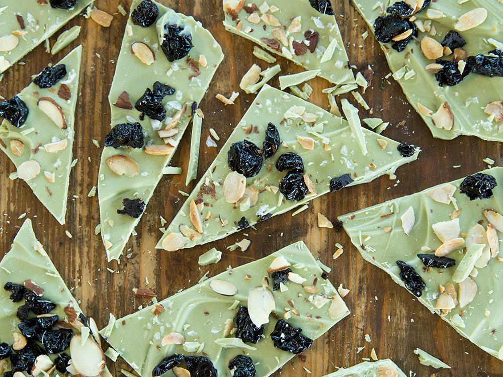 1604w-white-chocolate-matcha-bark1.jpg