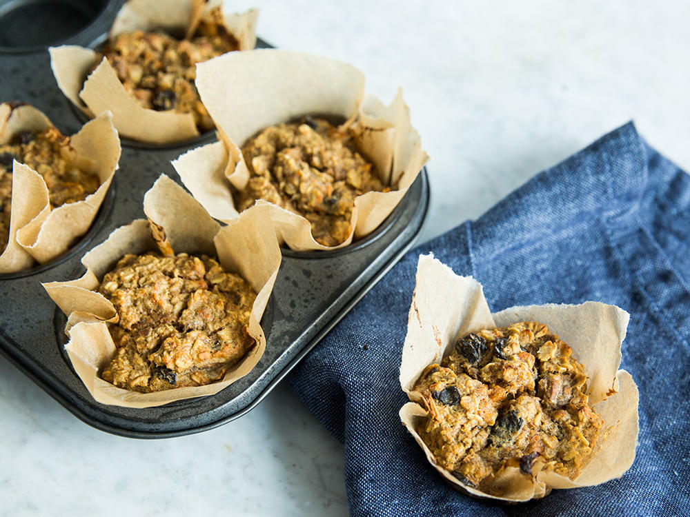 Carrot Cake Baked Oatmeal Muffins