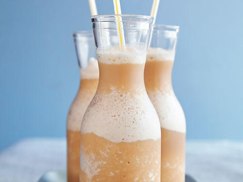 This frappé is essentially the chilled version of a chai latte, perfect for an afternoon pick-me-up. Top each with a dollop of reduced-calorie whipped topping and a sprinkle of cinnamon, if desired.