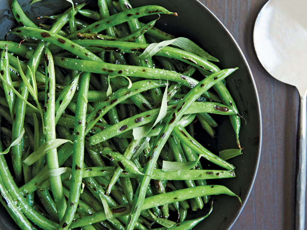 This will become your new favorite way to do green beans. We love the light anise flavor of tarragon, but you could use parsley, chives, or thyme as well.