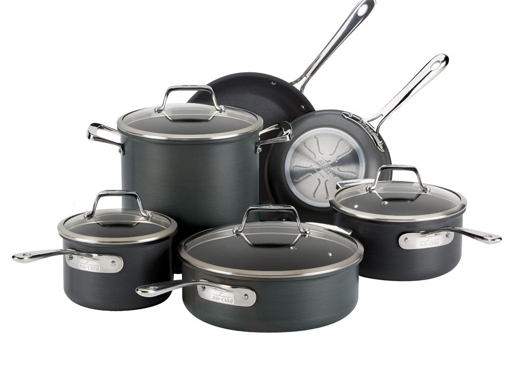 All-Clad B1 Nonstick 10-Piece Cookware Set