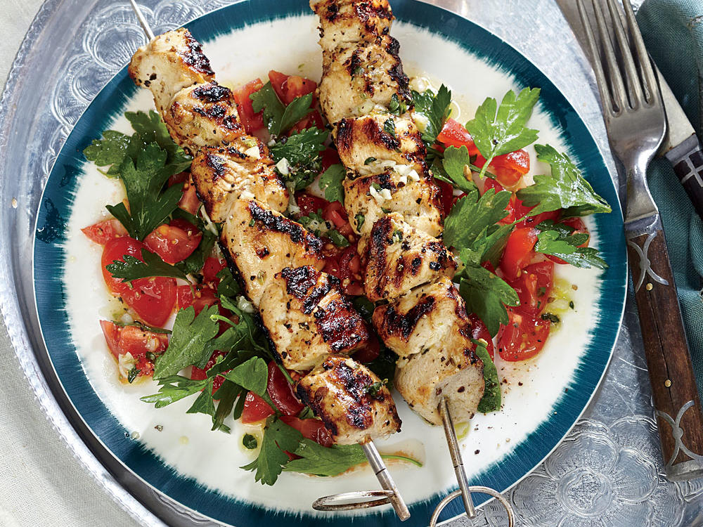 lemony chicken kebabs with tomato parsley salad recipe