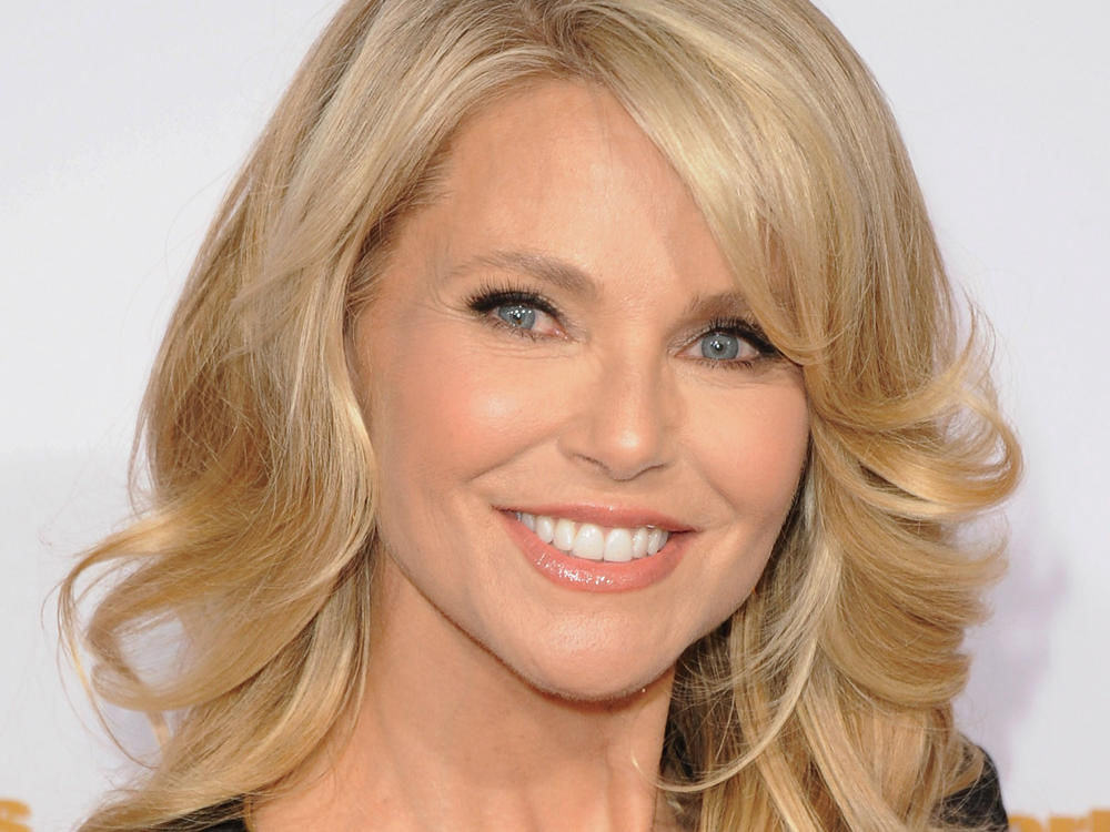 What's in Your Bag, Christie Brinkley?