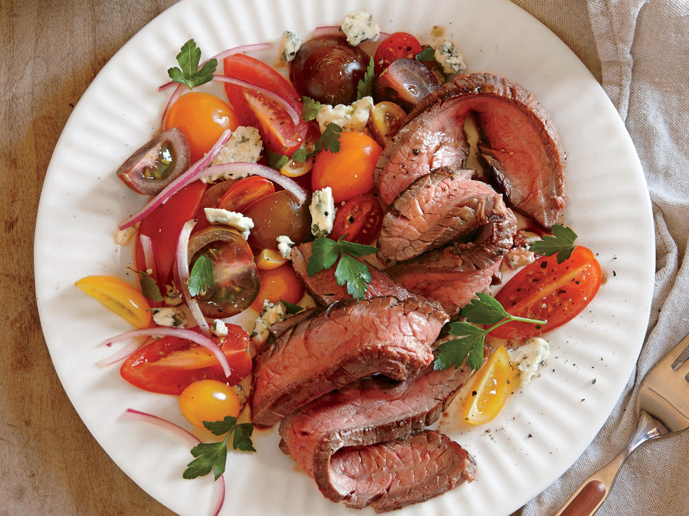 Seared Steak with Tomato and Blue Cheese Salad