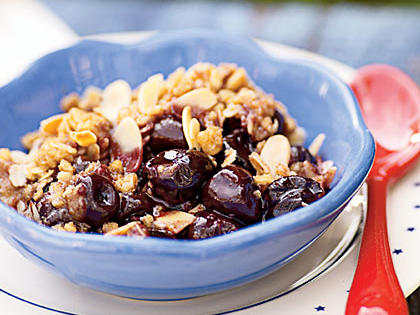 Wisconsin Recipe: Cherry Crisp