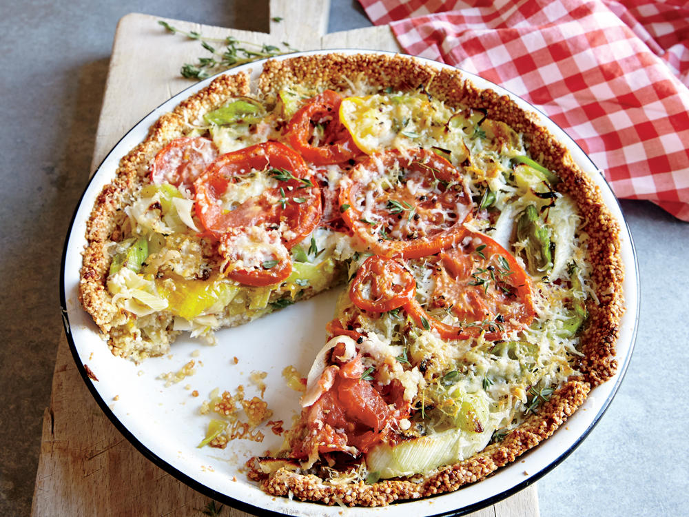 tomato-leek pie with quinoa crust