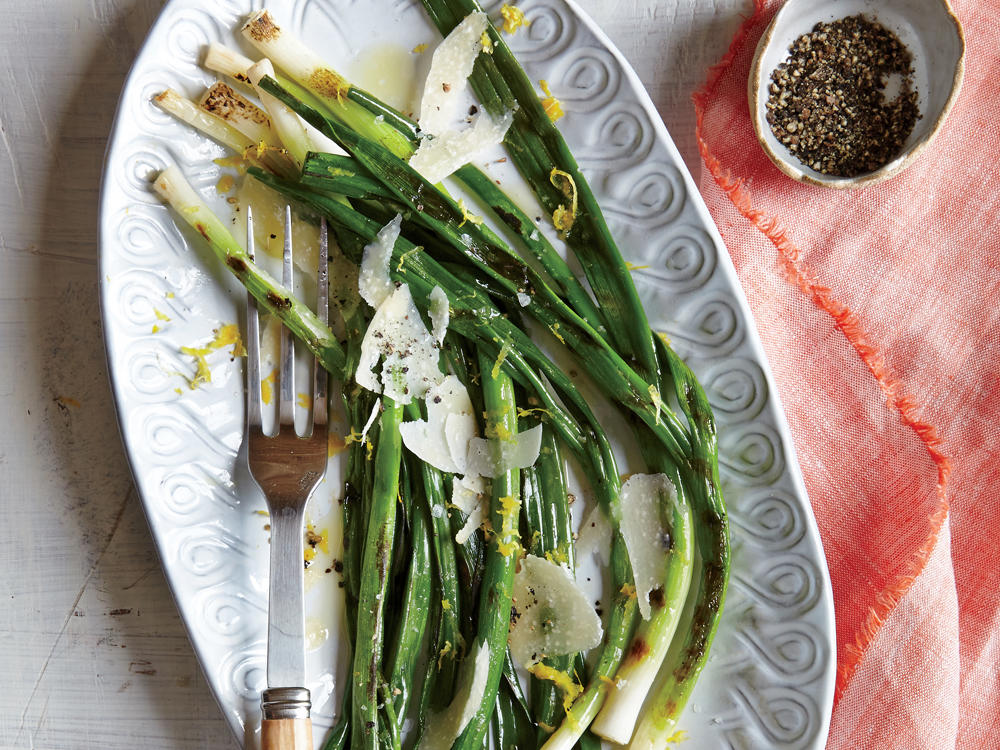 grilled green onions with lemon and parmesan