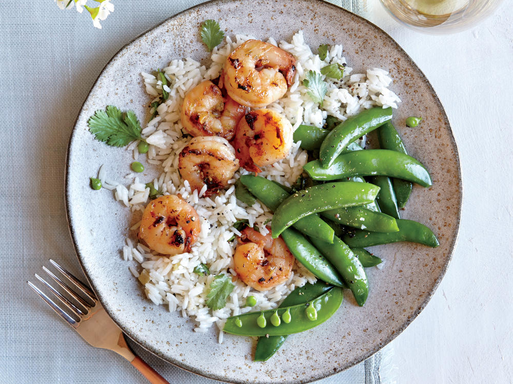 starter dish: chili-garlic shrimp with coconut rice and snap peas
