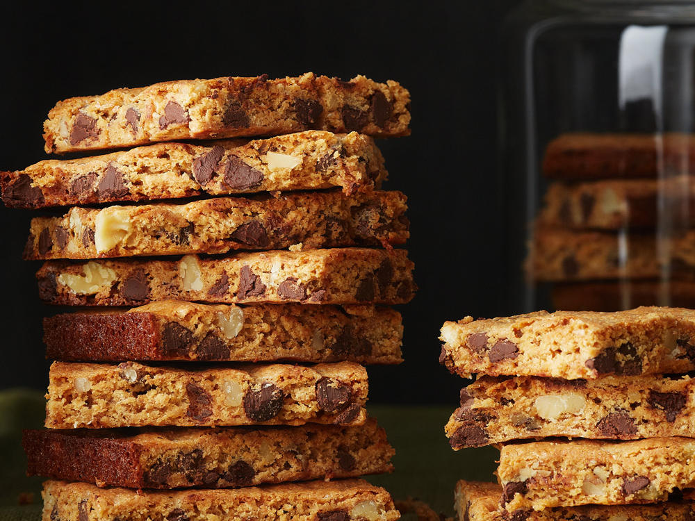 Chocolate-Walnut-Graham Cracker Bars