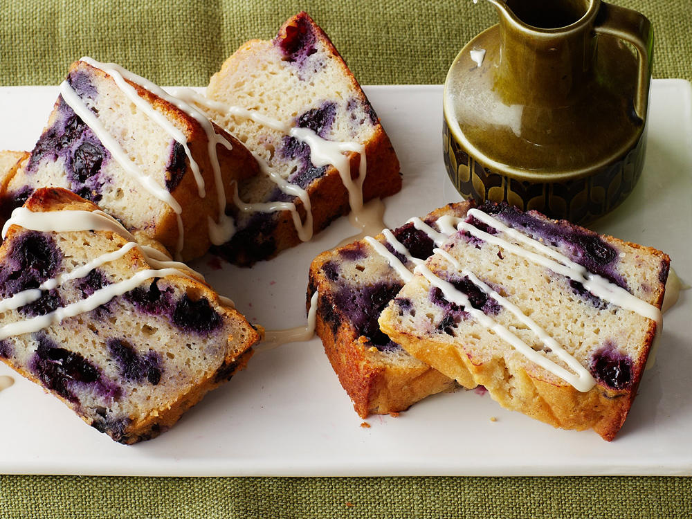 Blueberry-Yogurt Coffee Cake