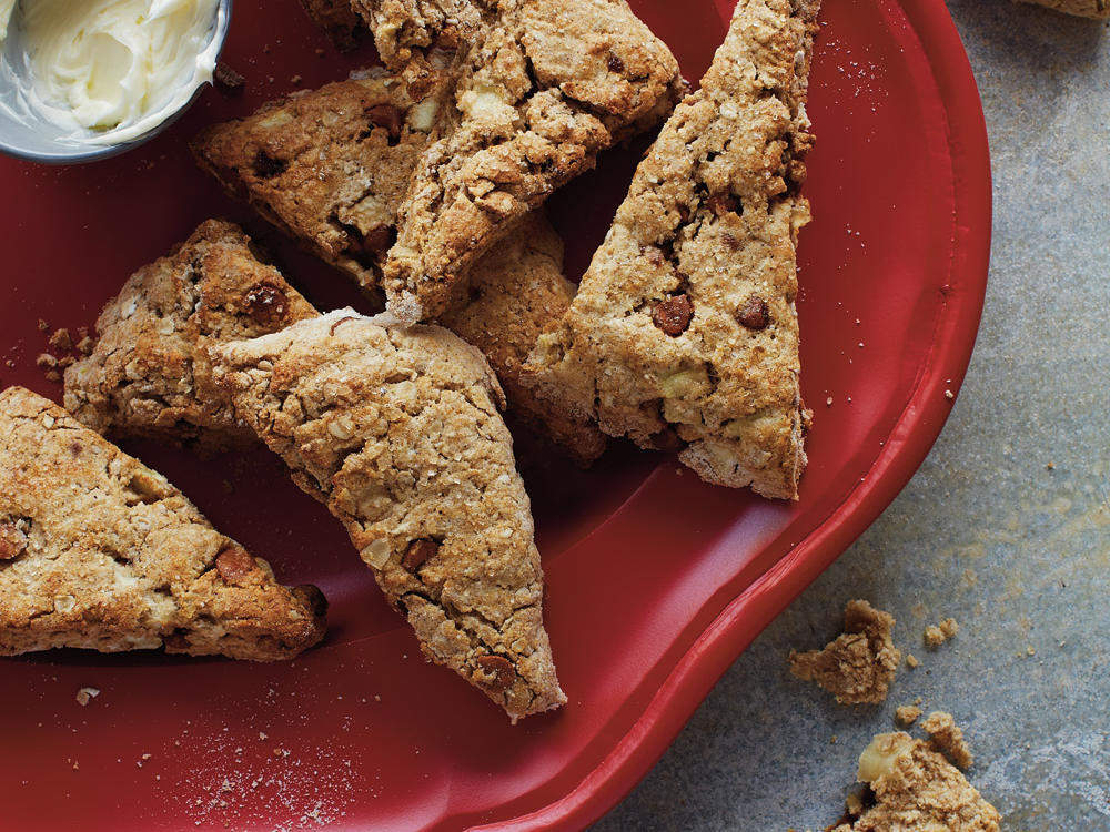 Cinnamon, Apple, and Oat Scones