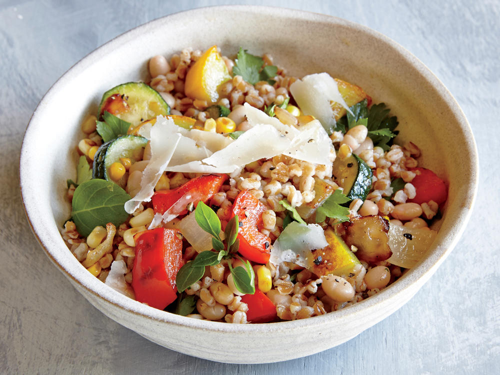 wheat berry and summer vegetable sauté