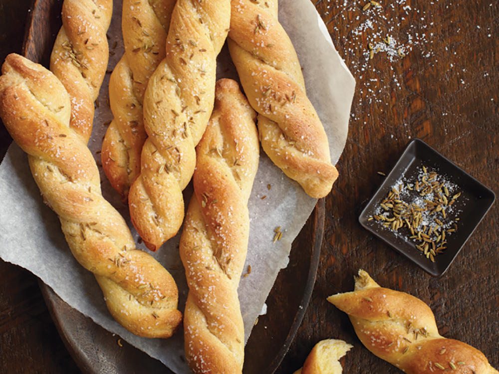 Twisted Fennel and Coarse Salt Breadsticks