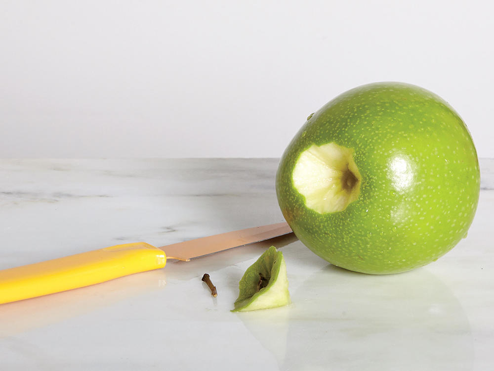 A Better Way To Slice Apples