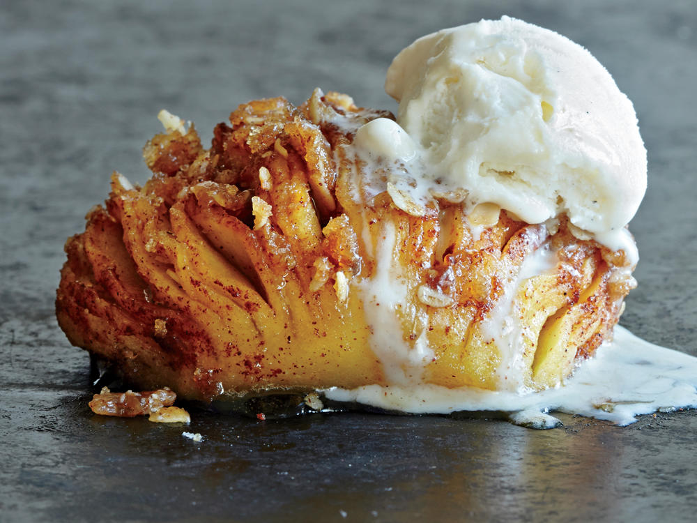 Hasselback Apples