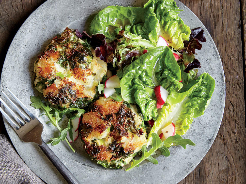 Perk up your spuds with kale, creamy ricotta, and a hit of smoky goodness. These hearty cakes pack twice the potassium of a banana. Fill out the plate with a simple, crisp green salad.