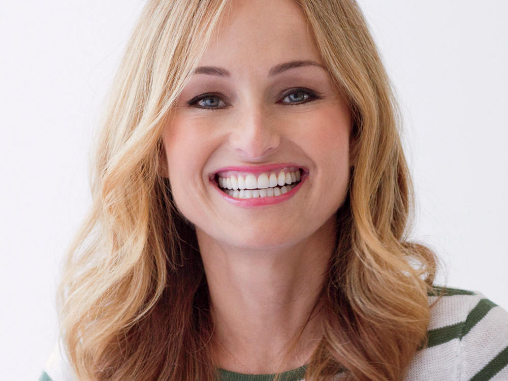 What's In Your Bag, Giada De Laurentiis?