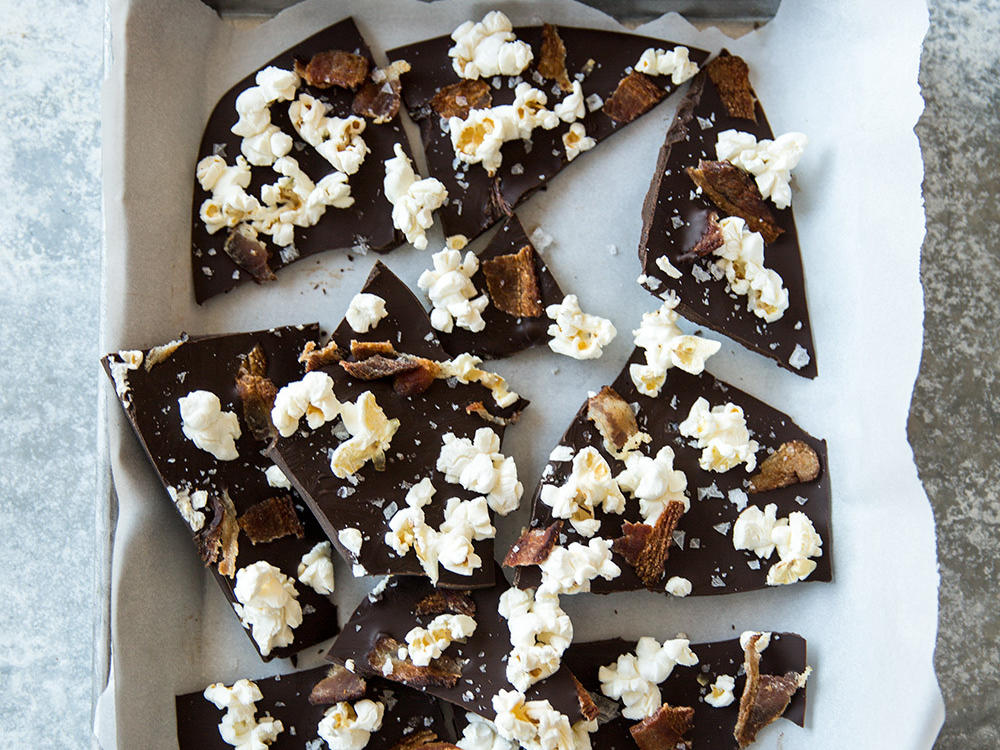 Popcorn-Bacon Chocolate Bark
