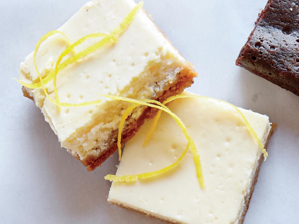 Tangy Lemon Cheesecake Bars