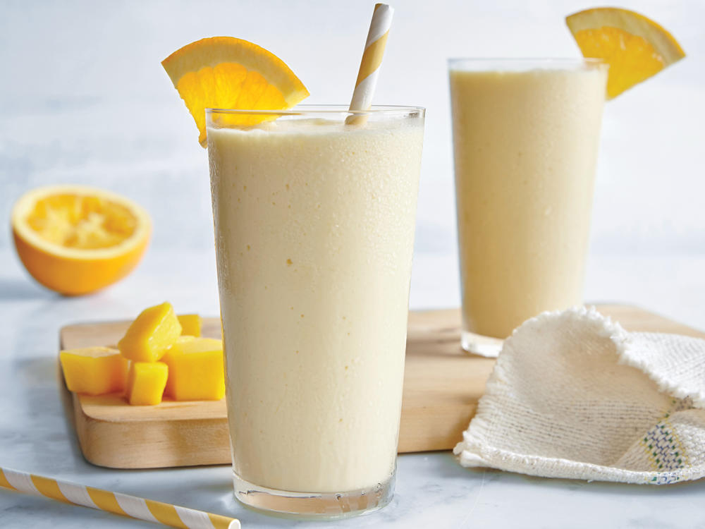 Recipe Makeover: Naturally Sweet Dreamsicle Smoothie