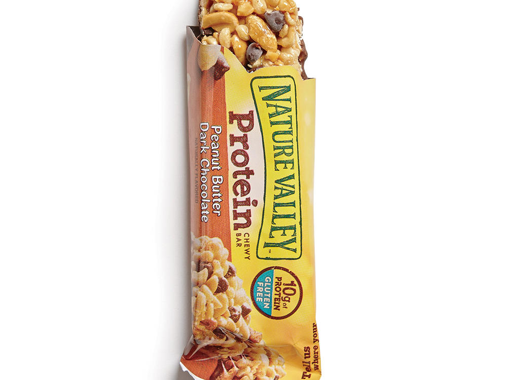 Nature Valley Protein Chewy Bars (Peanut Butter Dark Chocolate): Dominated by roasted peanuts, with more protein than sugar, which is exactly what we look for in a breakfast bar.