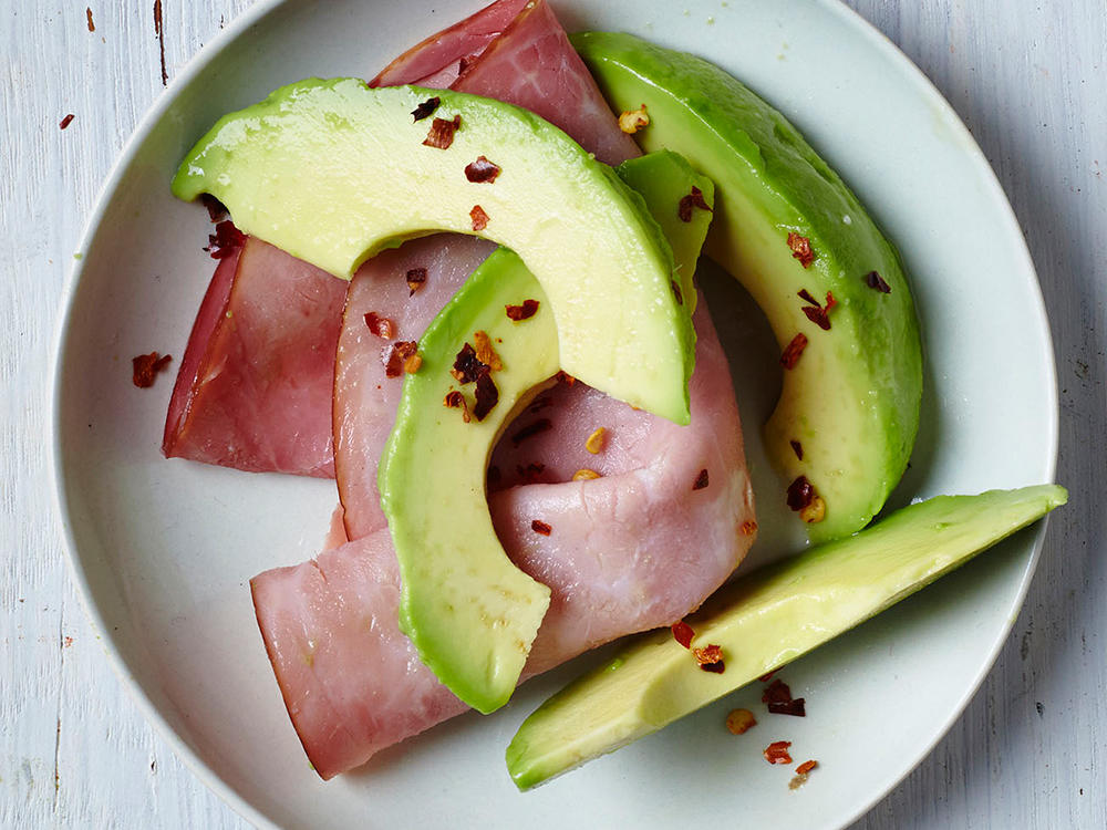 Fiery Avocado and Ham Snack