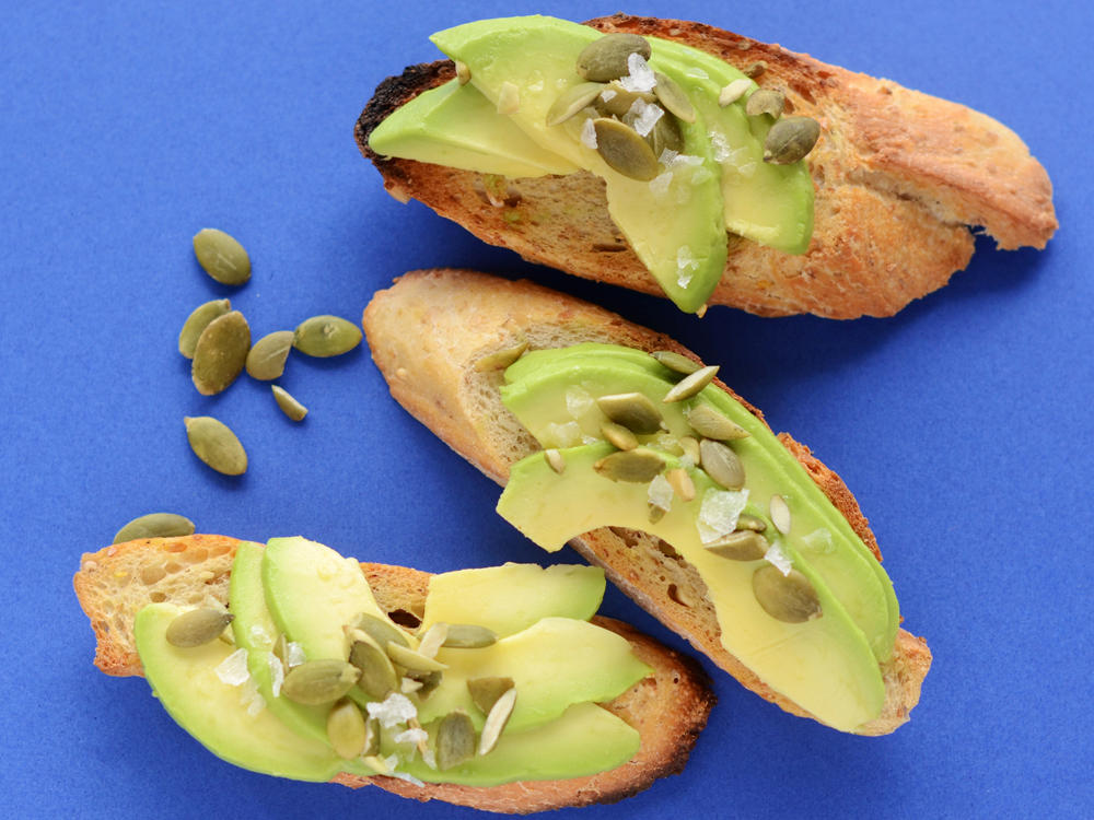 Mini Avocado Toasts With Pumpkin Seeds