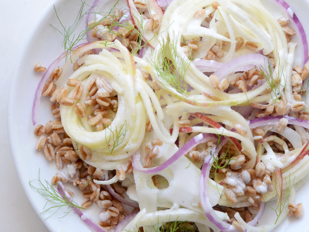 Spiralized Apple and Fennel Salad with Wheat Berries
