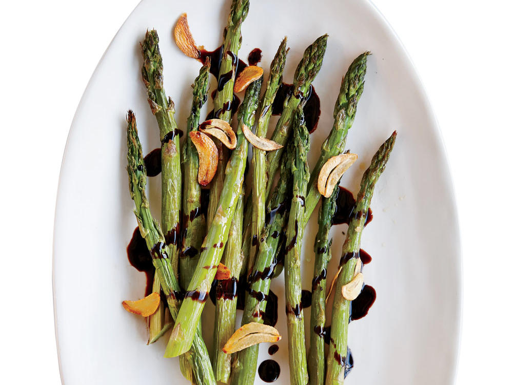 Asparagus boasts big flavor on its own, but this fresh combination takes this popular spring veggie to a whole new level.
