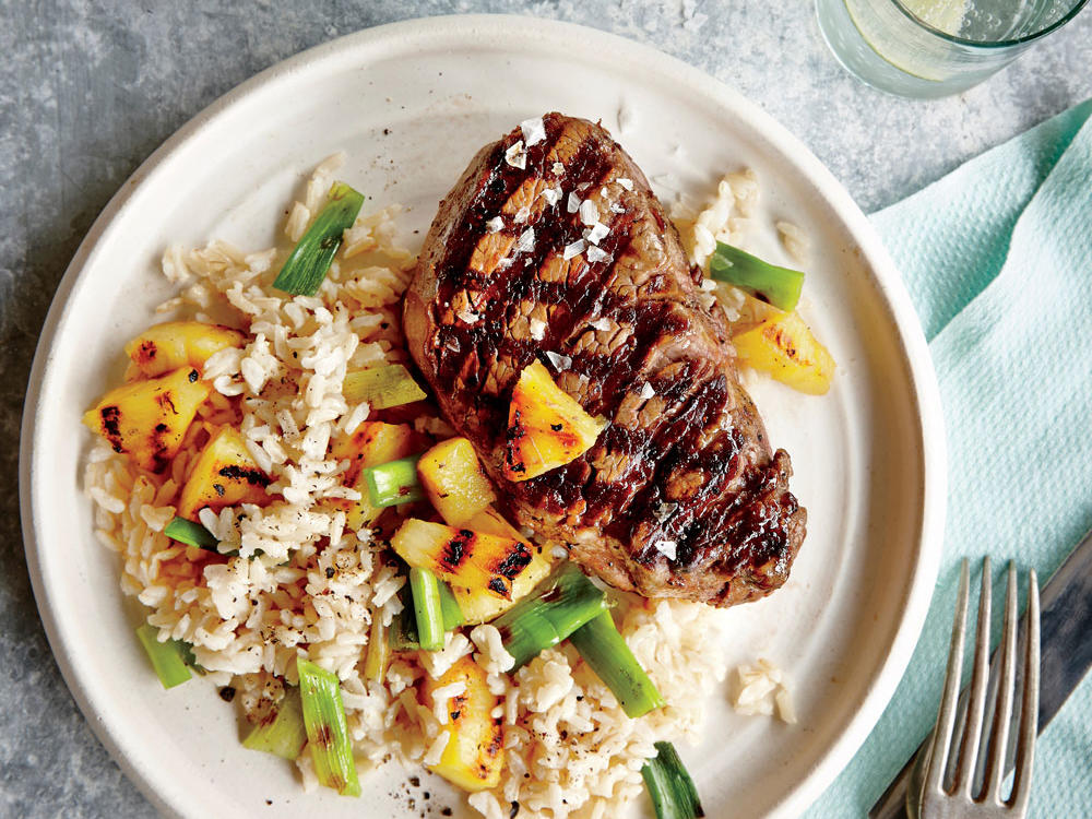 With just five ingredients, this protein-packed meal comes together in a flash. Soy sauce amps up the flavor of beef tenderloin fillets, which pineapple lends tropical flavor to brown rice.