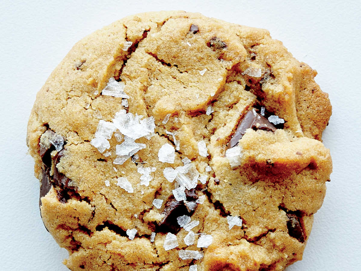 Crunchy-Chewy Salted Chocolate Chunk Cookies