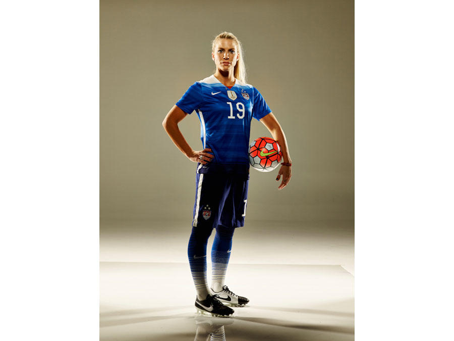 USWNT Supserstar Julie Johnston Shares Keys to Success on the Road to Rio Gold