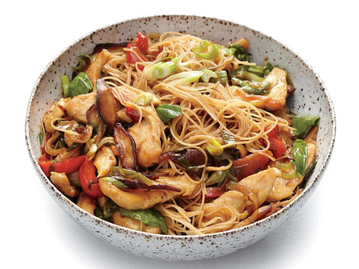 chicken and rice noodle stir fry with ginger and basil recipe