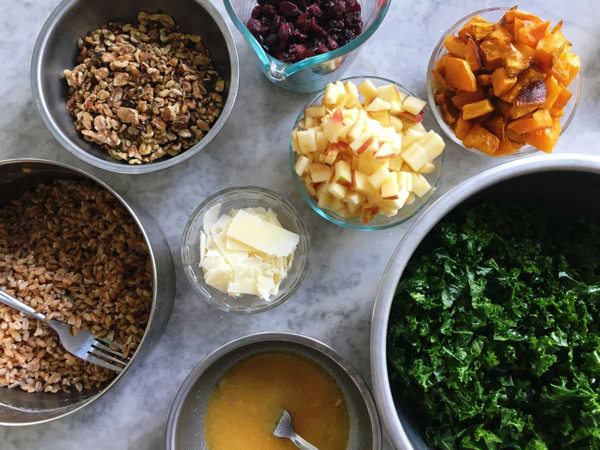 How to Make the Perfect Fall Salad You Can Eat All Week Long -