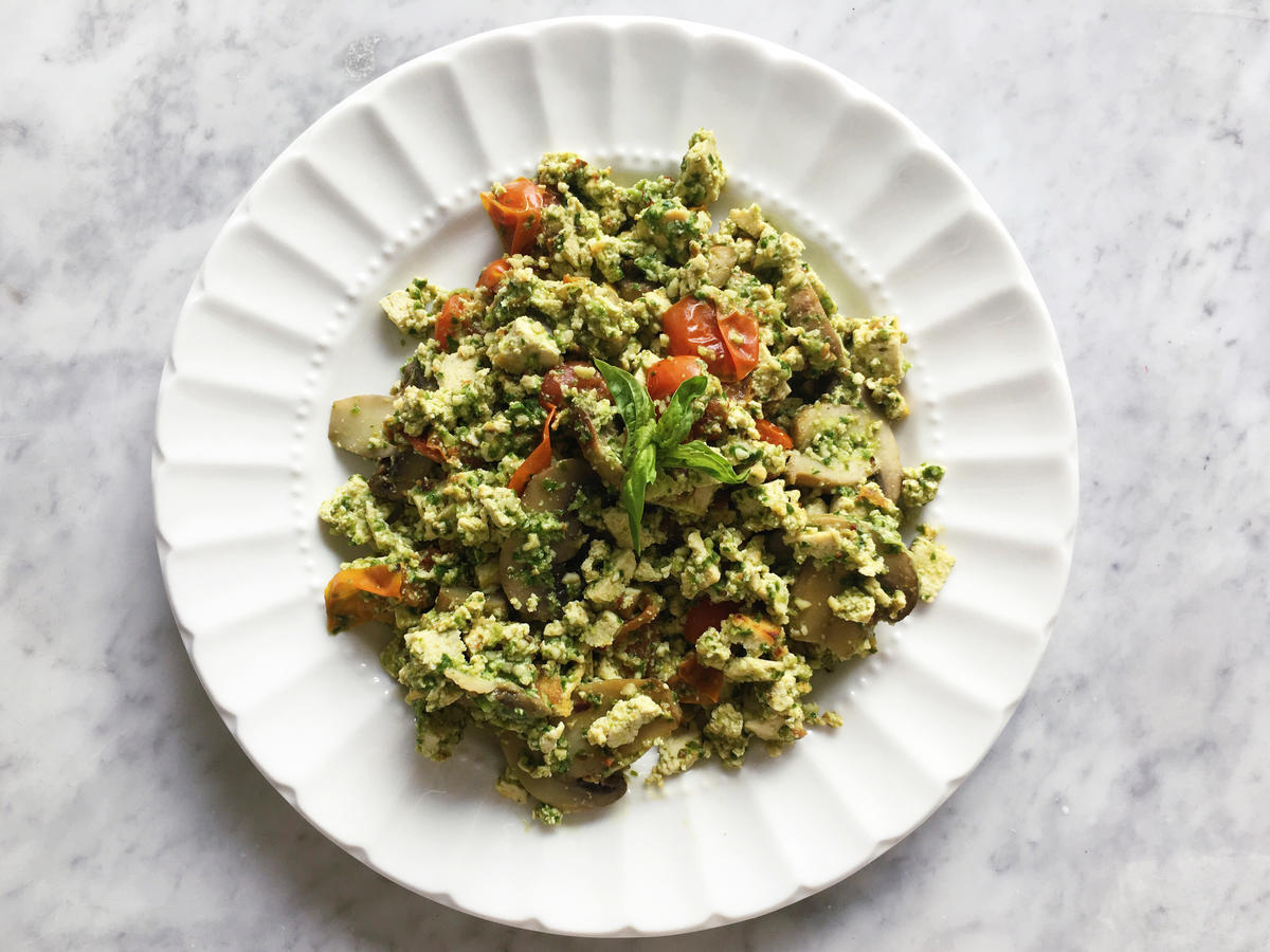 Pesto Tofu Scramble