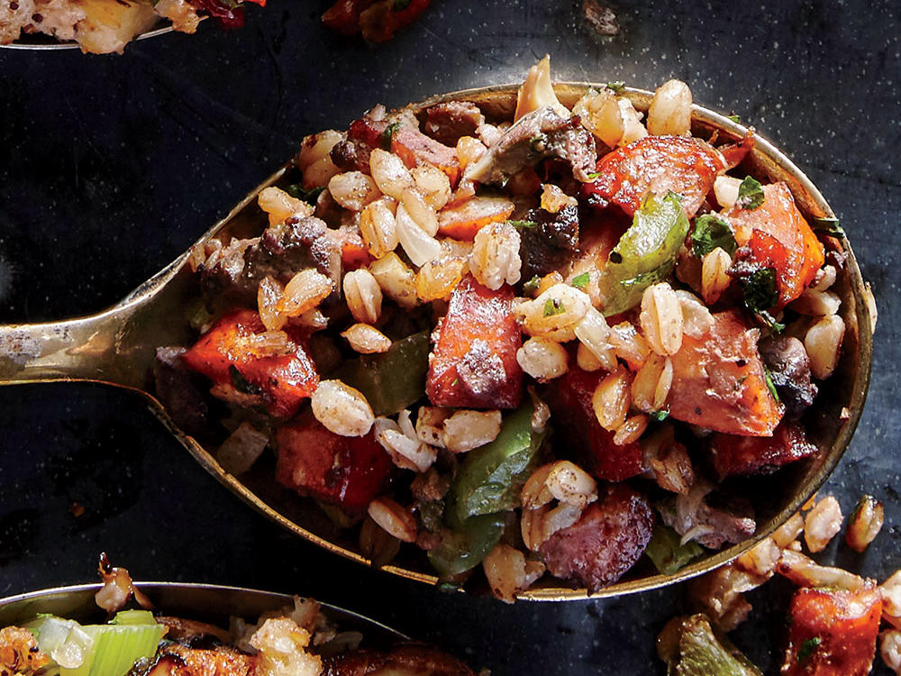 Healthy Dirty Farro Stuffing Recipe for Thanksgiving