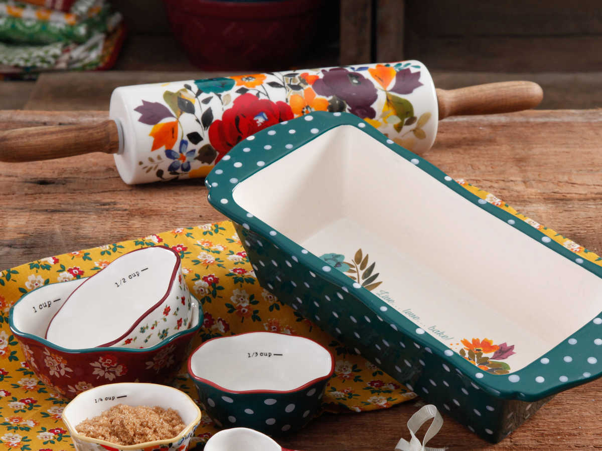 The Pioneer Woman Harvest Bakeware Set