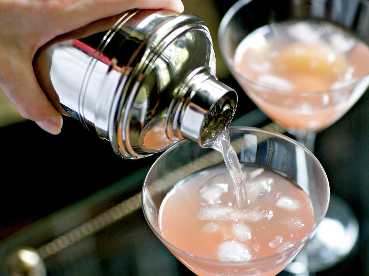 Pink Grapefruit and Lychee Cocktail