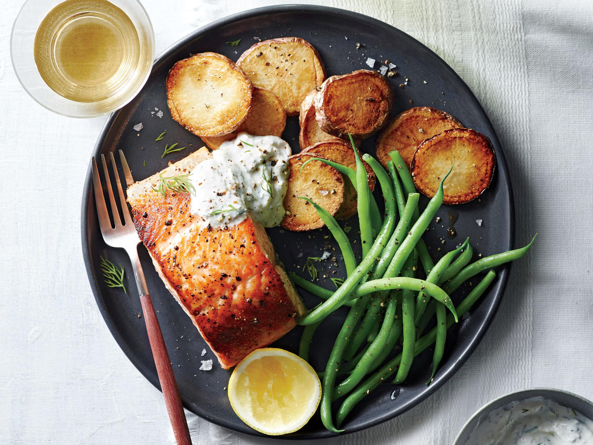 Salmon with Potatoes and Horseradish Sauce