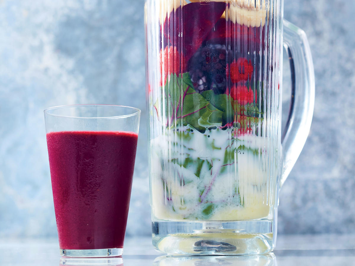 1703 Berry-and-Beet Green Smoothie-GF Halloween