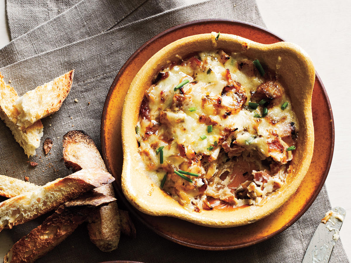 It's party time! For impressive and satisfying nibbles that are sure to be a hit at even the most discerning celebration, try one of our delicious dip recipes.
