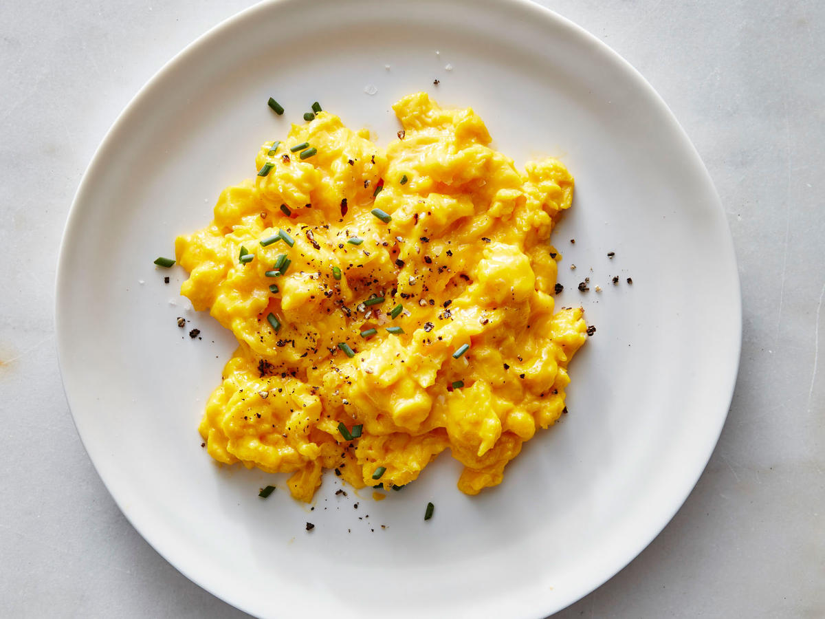 We Tried 5 of the Internet's Weirdest Scrambled Egg Hacks