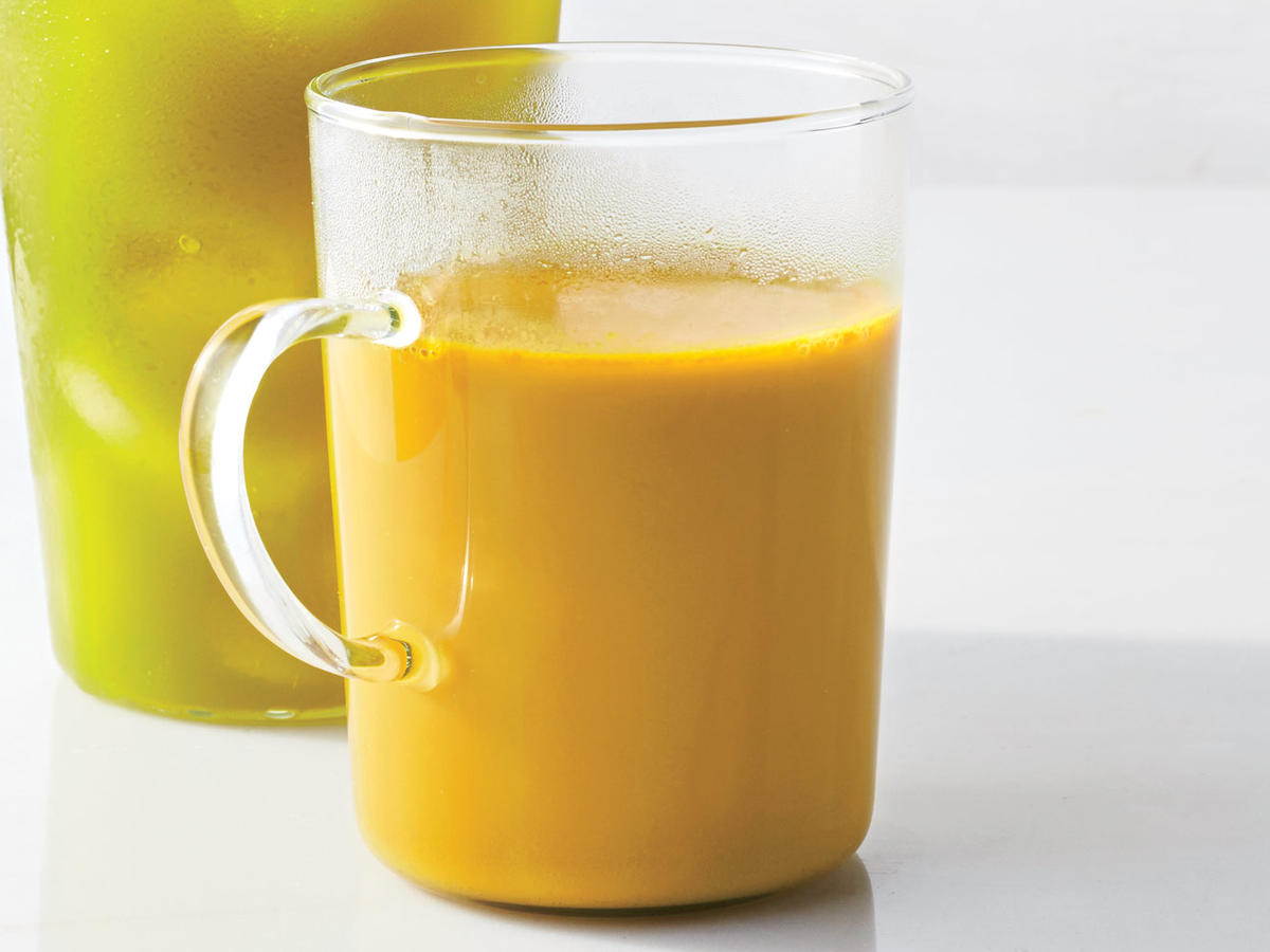 End your day with drinks that give you a boost. Warm coconut milk and turmeric will lull you to sleep.