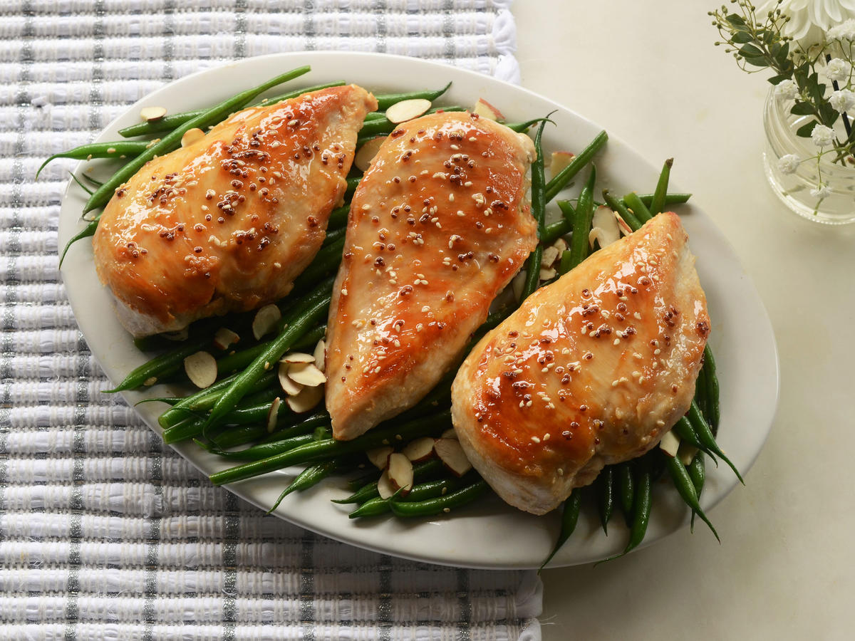 Paleo dinners 26 easy recipes for weeknights cooking light honey and sesame glazed chicken breasts with green beans forumfinder Images